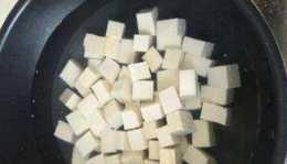 做麻婆豆腐,直接下鍋還是焯水?大廚分享技巧,麻辣鮮香更入味