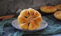 口感香酥的豆沙餡麵包,製作簡單,好吃美味