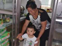 """吃一口等於吃5個""""塑膠袋"""",兒科:7天不消化,很多父母常給孩子吃"""