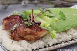 照燒雞肉飯卷的做法,一道充滿營養的美味