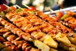 美味吸引著前往的步伐,大連美食數不勝數,不妨來探訪一下
