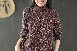 """6070女人不必刻意裝嫩,穿這個""""佩利斯衫"""",精緻減齡和洋裝"""